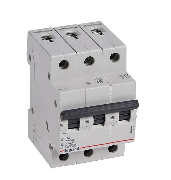 Автоматический выключатель RX3 C25A 4,5KA 3П С